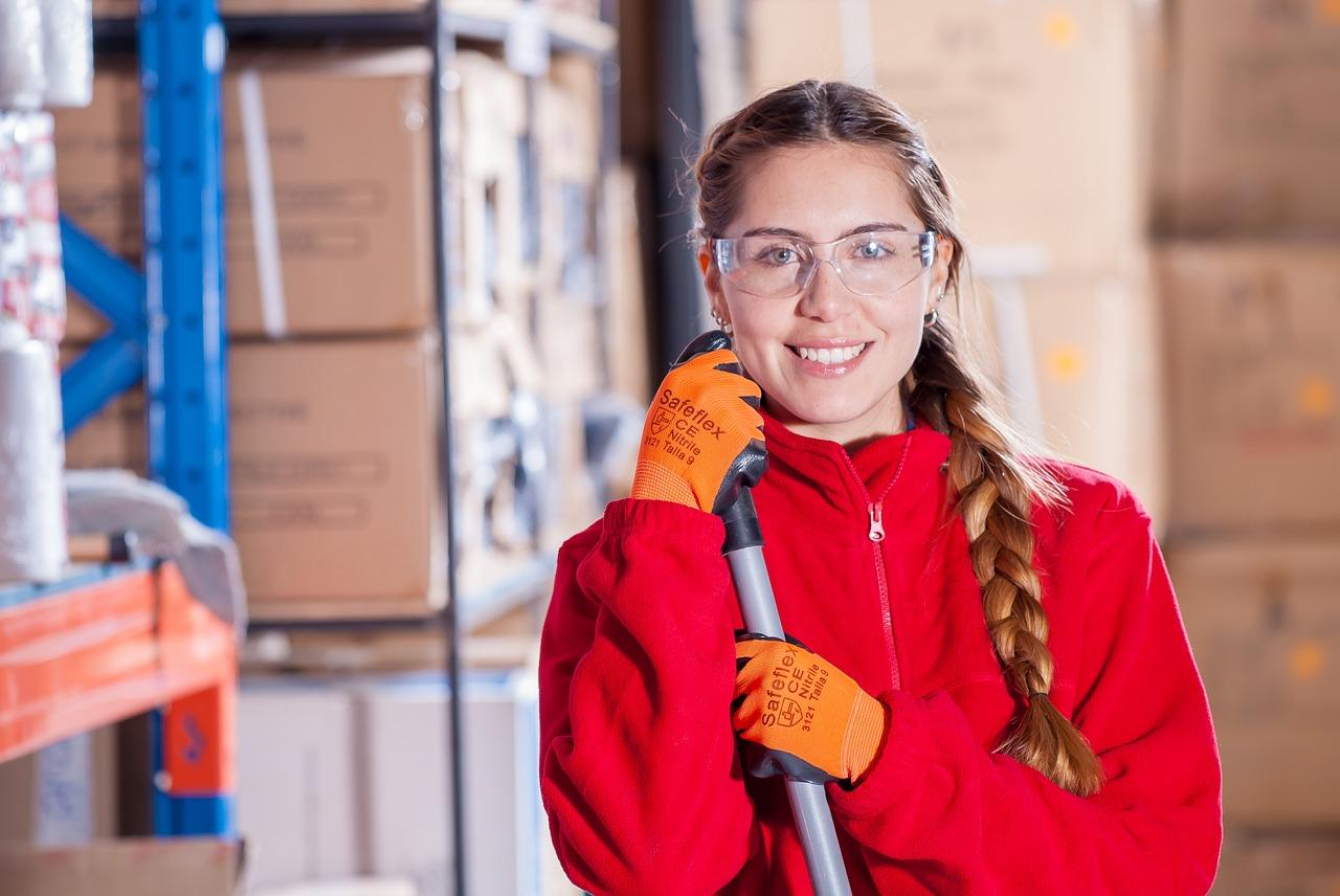 a divatos női munkaruha